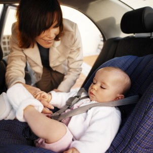 Reasons for using baby car seat while driving