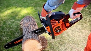 Reasons to Invest in a Labor – Saving Tool Such as Chainsaw