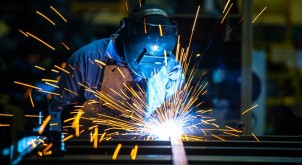 Reasons to Protect Yourself While Using Welding Tools