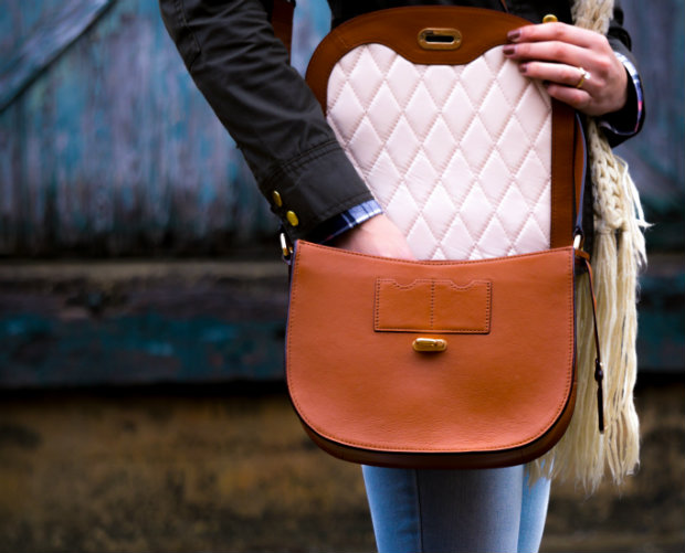girl-with-brown-leather-bag