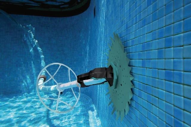 pool auto vacuum cleaner