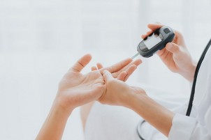 Be on Top of Your Health – Reasons to Invest in a Blood Glucose Meter