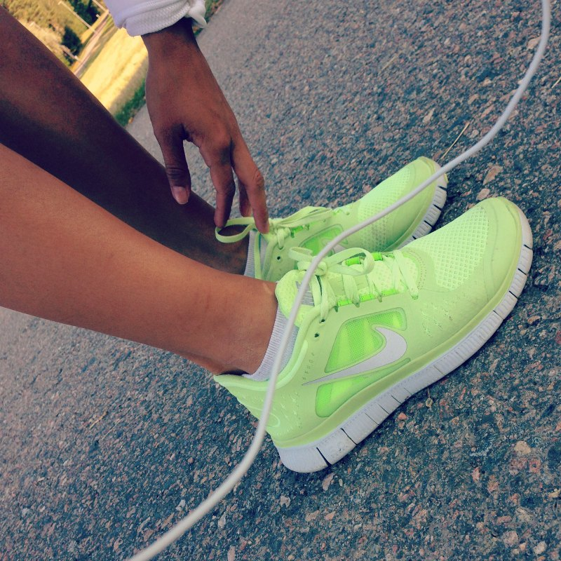 Womens-Sports-Shoes
