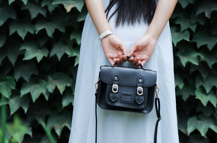 black-leather-tote-bag