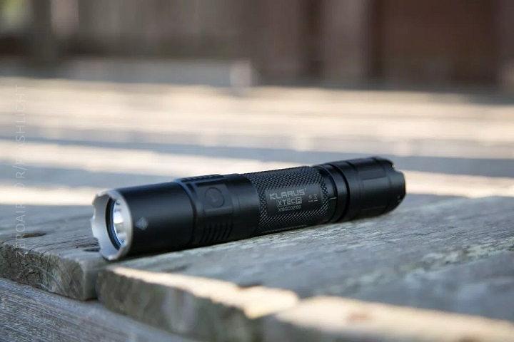 klarus-tactical-light