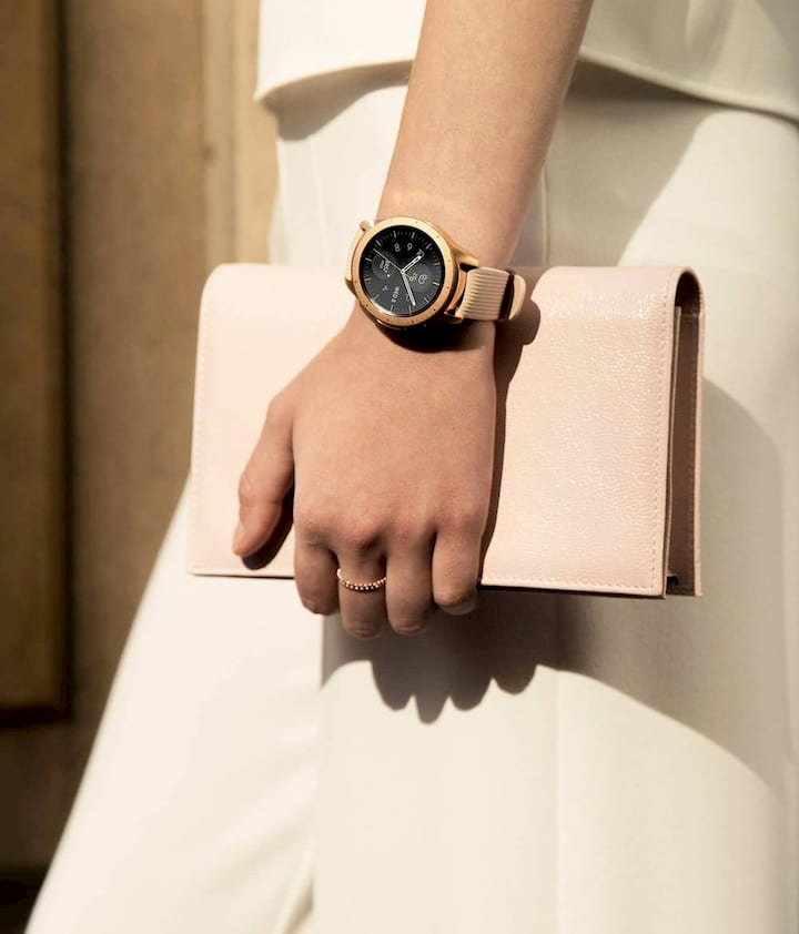 girl with Samsung Galaxy watch on her hand