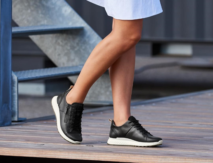 shoes with excellent arch support