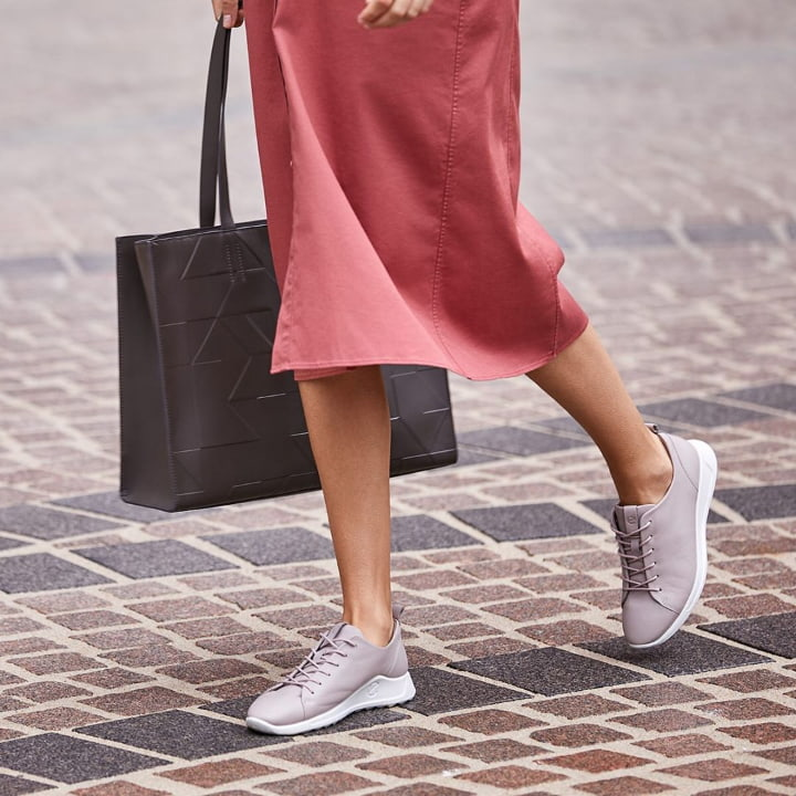 shoes with high arch support