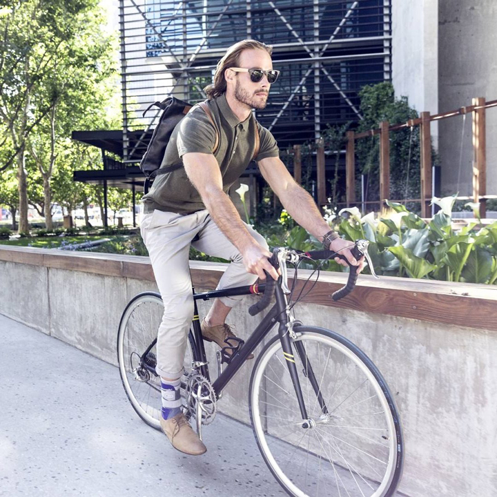 ankle brace support bike driving in urban area