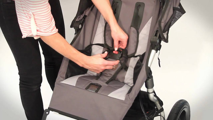 baby stroller safety features